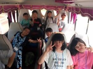 8月12日金浦空港 帰り_4197 バスの中