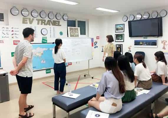 韓国パジュ英語村大学生キャンプ